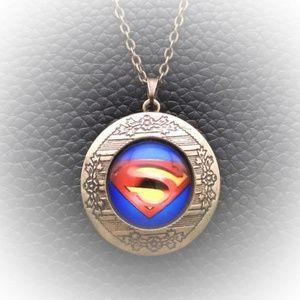 Superman Cabochon Pendant Locket Necklace in Bronz
